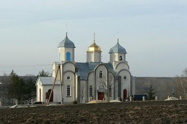 Громада села Кинахівці на Тернопільщині покинула Московський патріархат