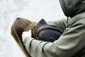 На Тернопільщині чоловік зґвалтував касирку супермаркету і отримав за це 11 років тюрми