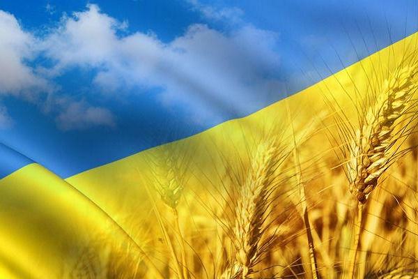 Українці у всьому світі одночасно молилися за Батьківщину (Відео)