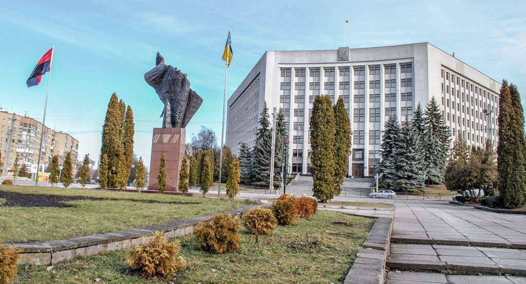 Кому присвоять звання почесного громадянина Тернопільської області вирішували на сьогоднішній сесії обласної ради (Відео)