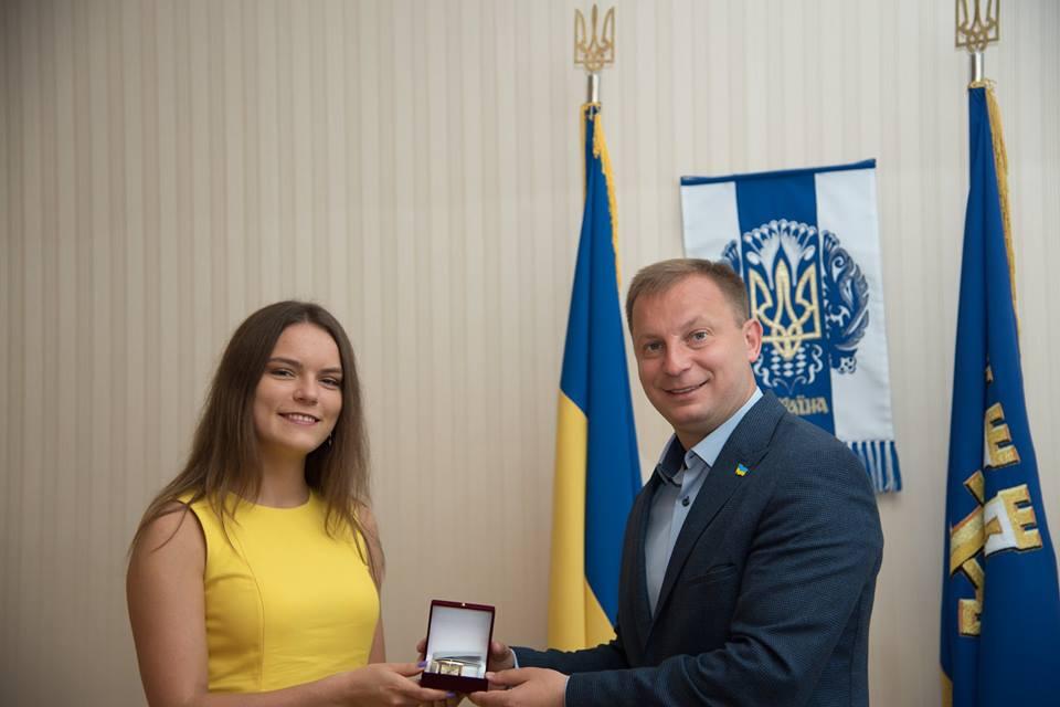 Степан Барна привітав з значними успіхами випускницю Тернопільщини (Фото)