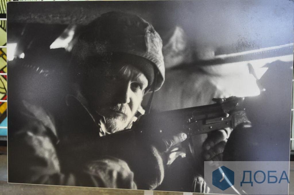 Фотовиставка українських захисників та Авдіївки у Тернополі (Фото)