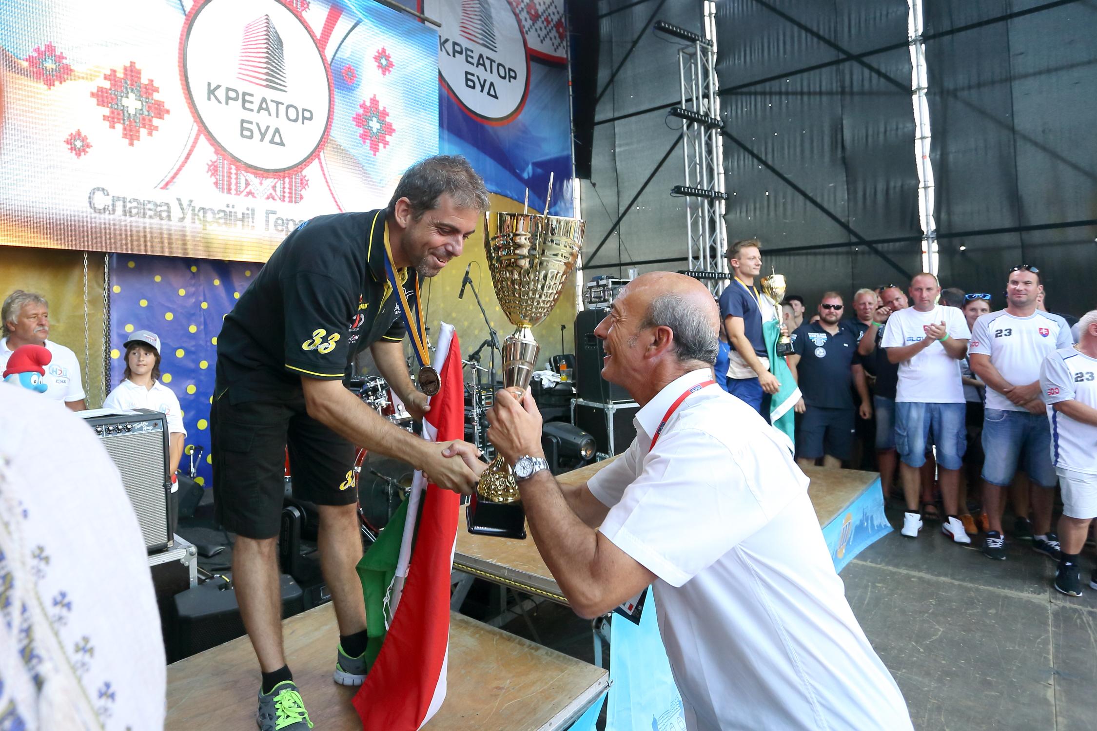 У Тернополі нагородили чемпіонів світу з водно-моторного спорту одразу у трьох класах