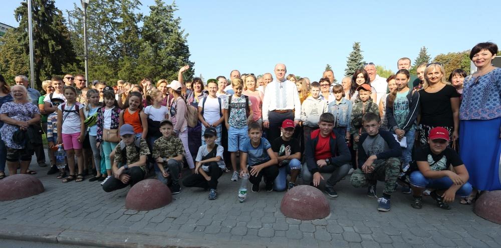 Діти тернопільських військовослужбовців відправилися на відпочинок у Карпати (Фото)