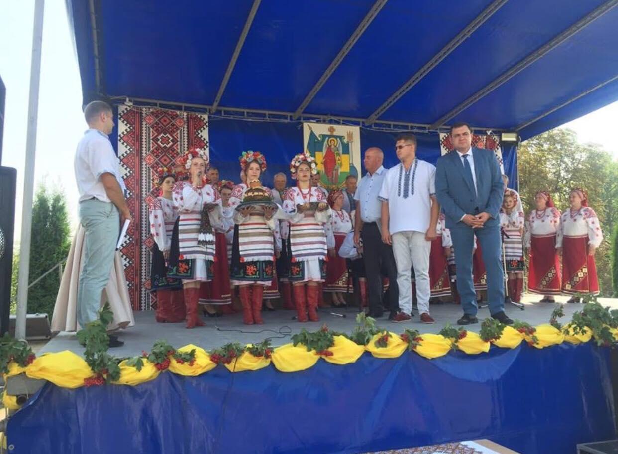 На Тернопільщині село відзначило 555-ту річницю (Фото)