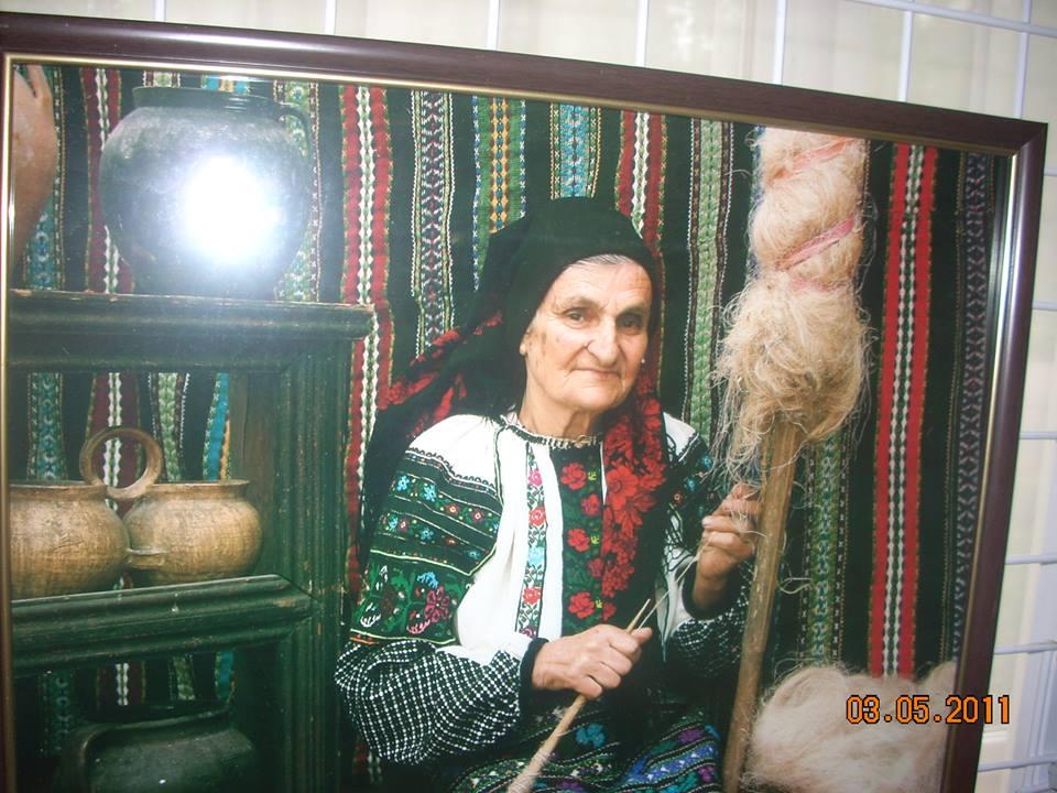 Оголосили конкурс на кращу світлину у борщівській вишиванці (Фото)