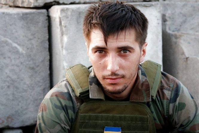 Відкриють меморіальну дошку жителю Тернопільщини Герою Віктору Гурняку, бійцю 24-го батальйону територіальної оборони «Айдар»