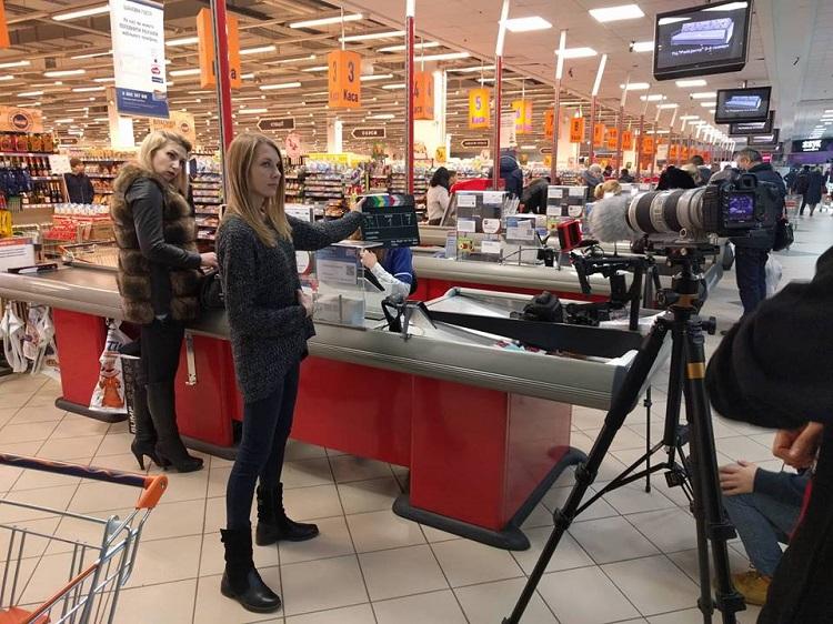 В одному з тернопільських супермаркетів знімають кіно (Фото)