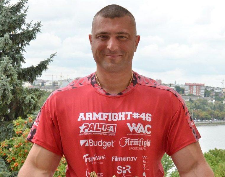 На Тернопільщині спортивну школу хочуть назвати іменем Андрія Пушкаря (Документ)