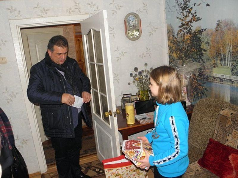 На Тернопільщині лісівники відвідали доньку загиблого воїна АТО