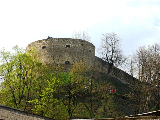Один із найстаріших замків на Тернопільщині (Фото)