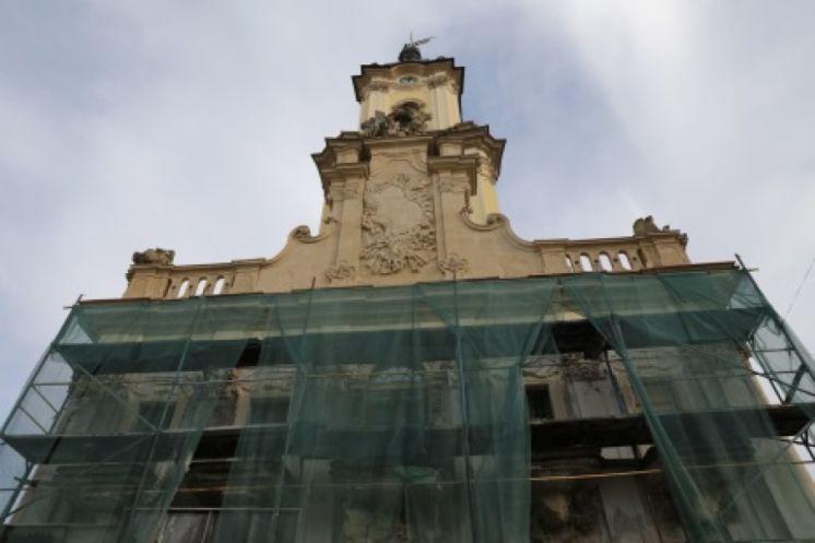 Бучацьку Ратушу, яку оздоблював Пінзель, відкриють у березні
