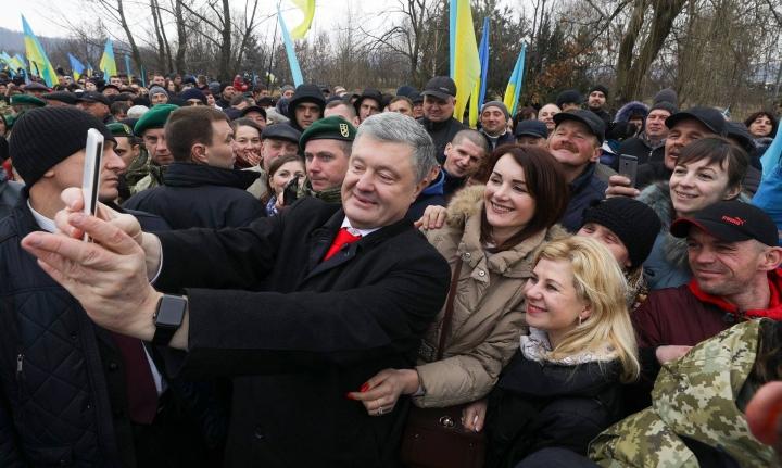 Американський історик про парадокс Порошенка: Його ненавидить Путін, а українці недооцінюють